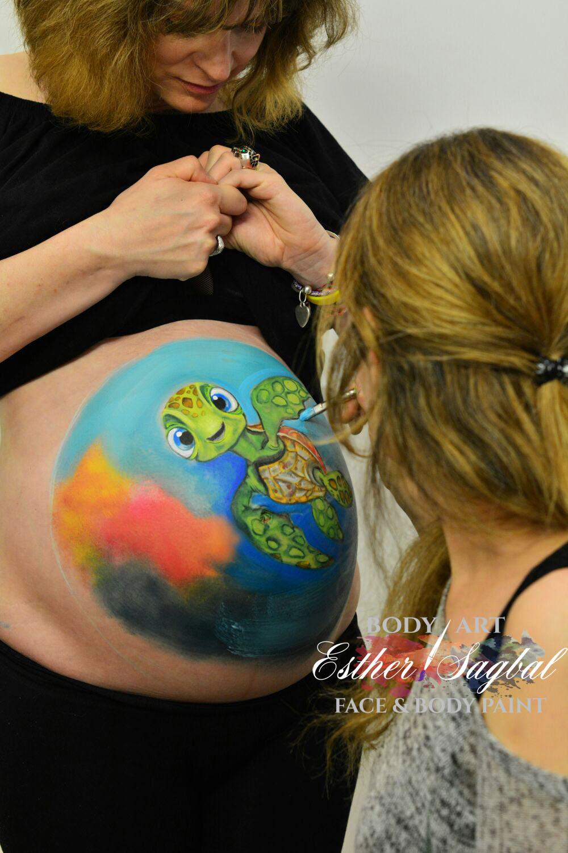 dibujos en barrigas de embarazadas